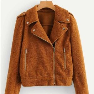 Zipper pocket teddy jacket